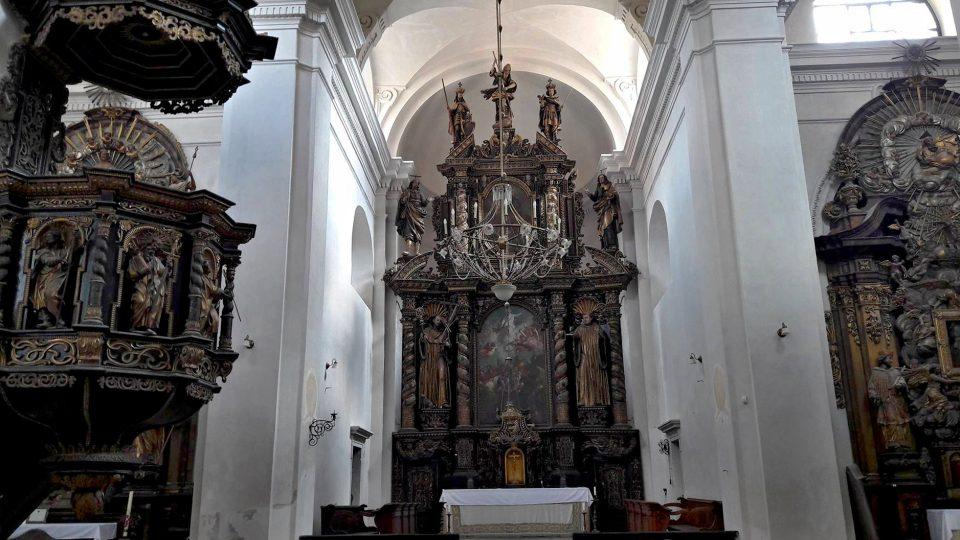 Začala rekonstrukce kostela Nanebevzetí Panny Marie v Plasích na severním Plzeňsku. Stát bude přes 70 milionů