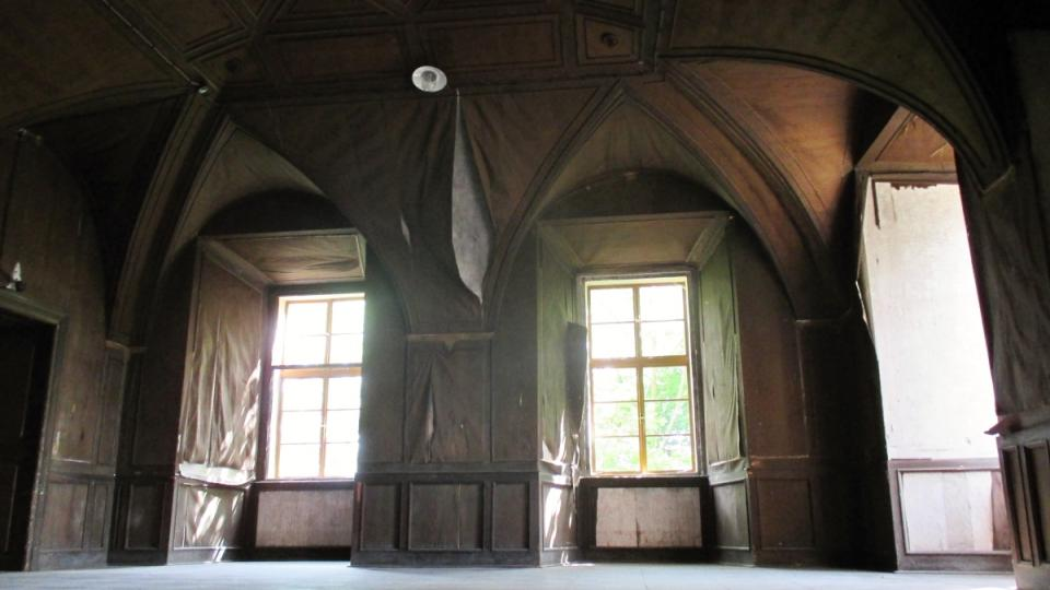 Jeden z mnoha sálů zámku Zelená Hora