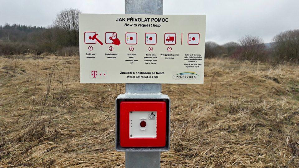 Když se třeba zasníte nad krajinou kam ani mobilní signál nedorazí a přitom spadnete a vyvrtnete si kotník, stačí jen zmáčknout nouzové tlačítko