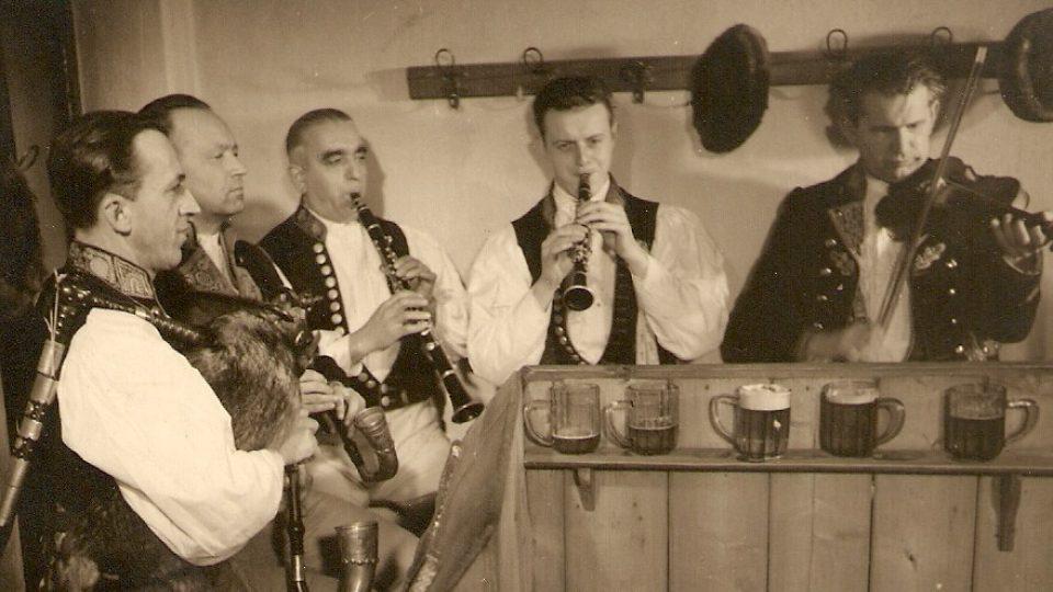 Svačinova dudácká muzika, rok 1946