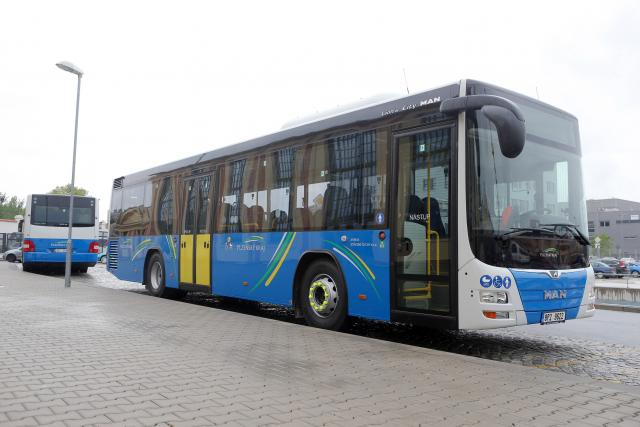 Autobus dopravce Ariva v Plzeňském kraji